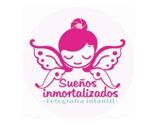 Logos con siluetas femeninas
